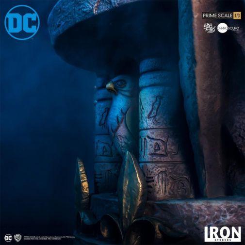 Iron Studios - DC Comics - Hawkman - Closed Wings - 03