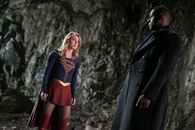 Supergirl - Season 4 - Ep 15 - 01