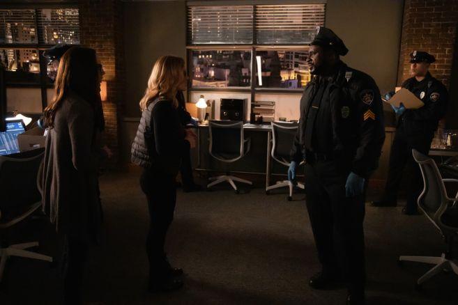 Arrow - Season 7 - Ep 21 - 01