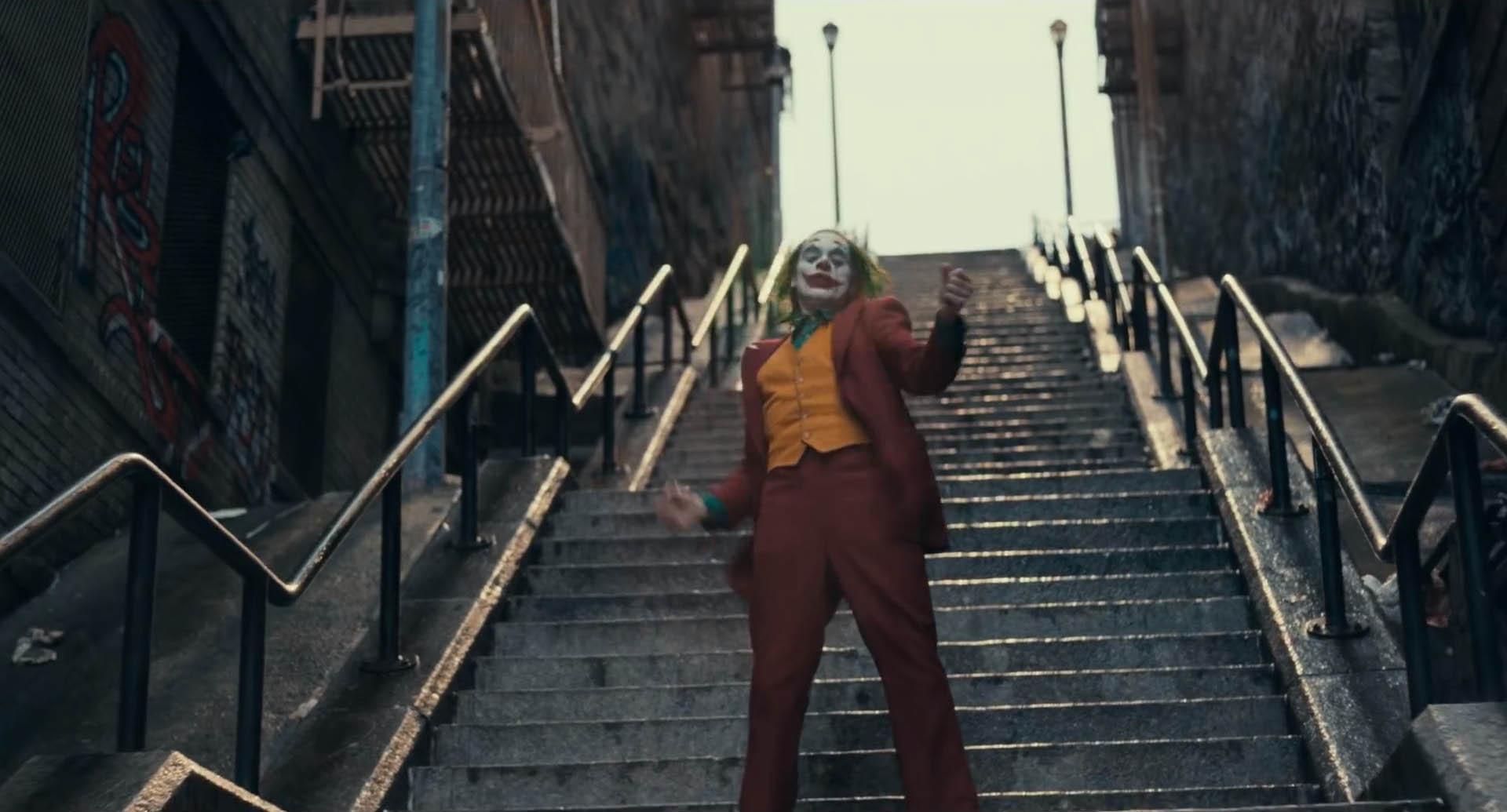 Joker Trailer Shows First Footage Of Joaquin Phoenix