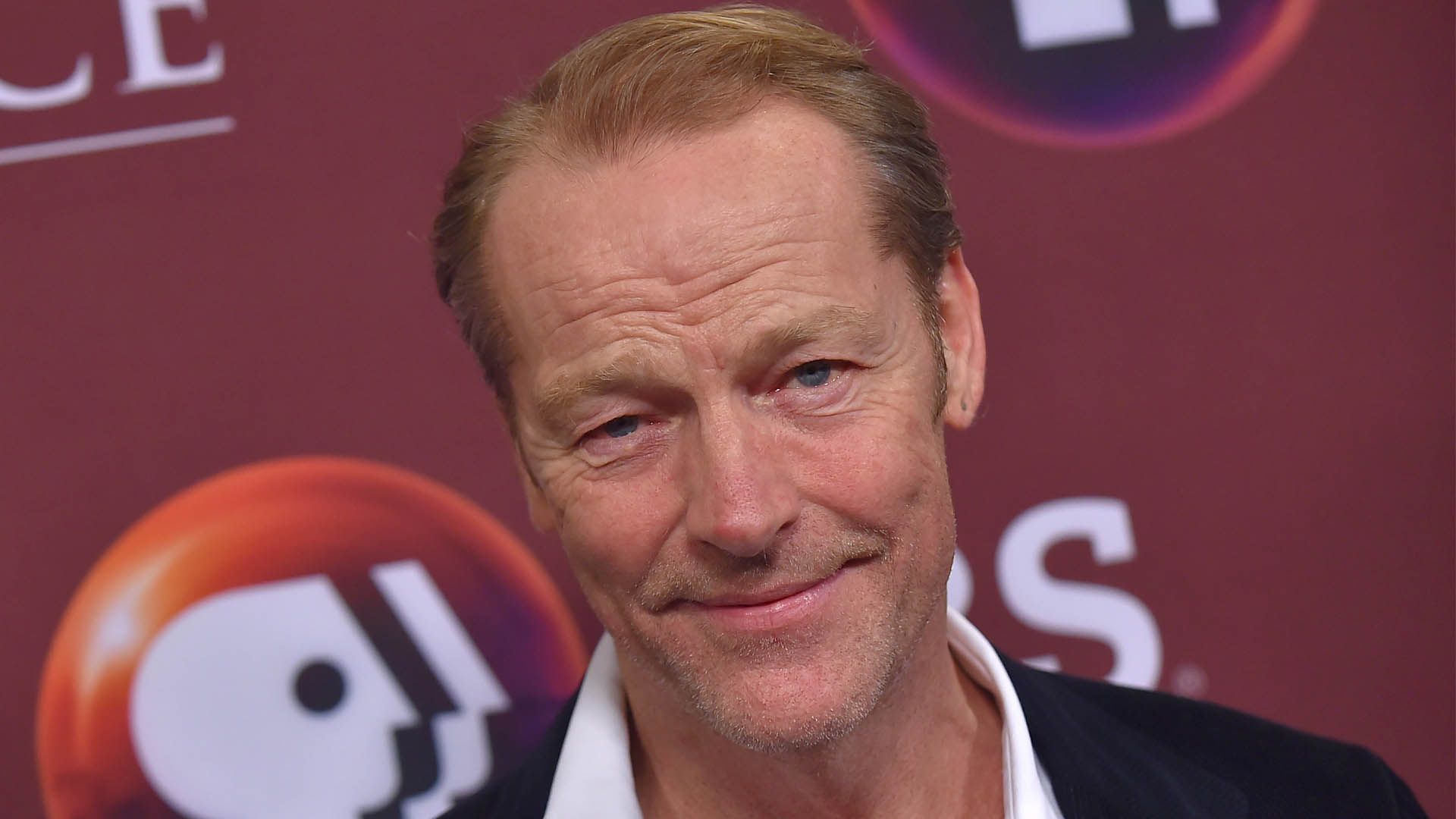 'Game of Thrones' Actor Iain Glen to Play Bruce Wayne in 'Titans'