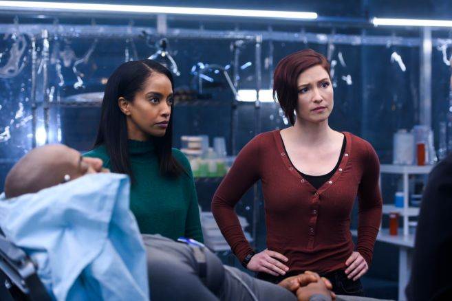 Supergirl - Season 4 - Ep 19 - 12