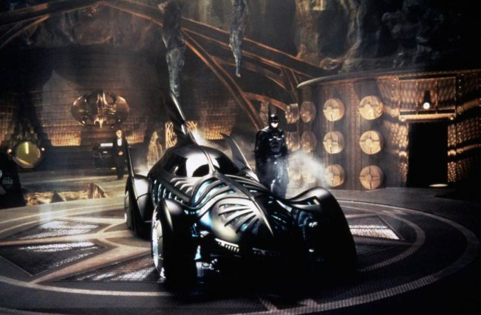 Batman Forever - Batmobile - 01