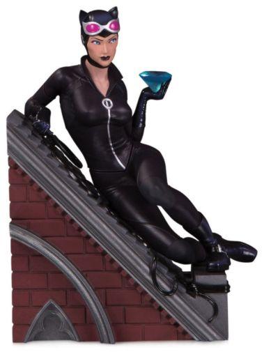 DC Collectibles - January 2020 - Batman - Villains Multi-part statue - Catwoman Statue - 01