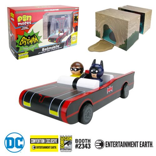 Entertainment Earth - Pin Mates - SDCC Exclusives 2019 - 66 Batmobile - 03