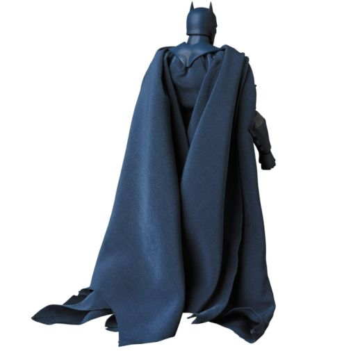 Medicom - MAFEX - Batman Hush - 07