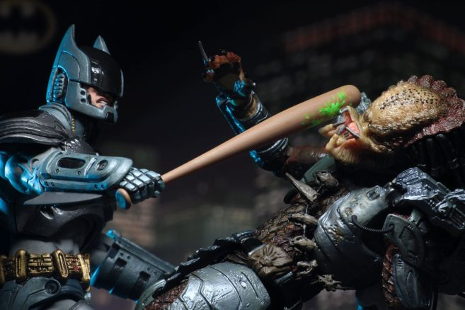 NECA - 2019 Convention Exclusives - Batman vs Predator 2-Pack - 14