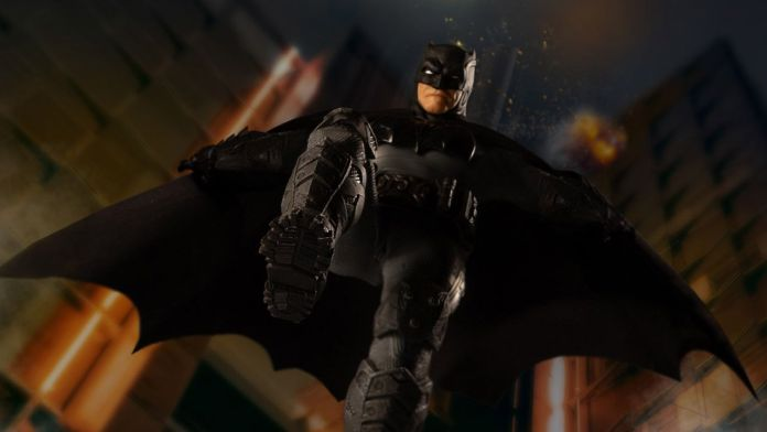 Mezco Toyz - Batman Supreme Knight - Featured