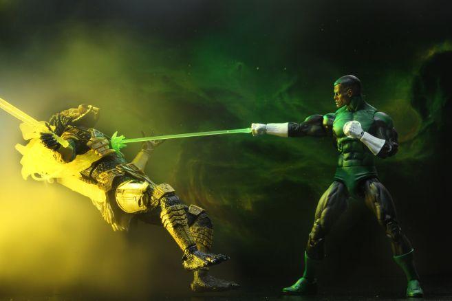 NECA - 2019 Convention Exclusives - Green Lantern vs Predator 2-Pack - 02