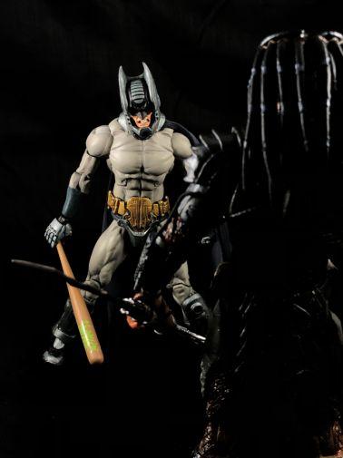 neca-sdcc-batman-predator - 8