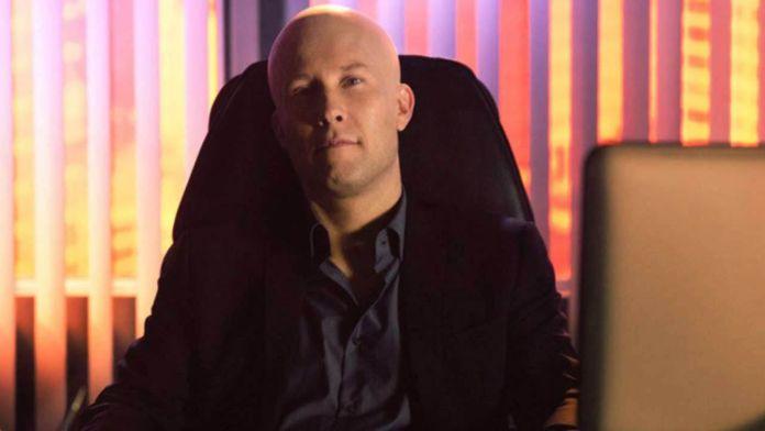 Michael Rosenbaum - Lex Luthor - Featured - 01