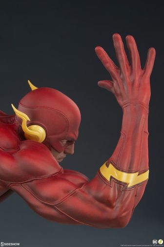 Sideshow - Flash - Flash Premium Format Figure - 23
