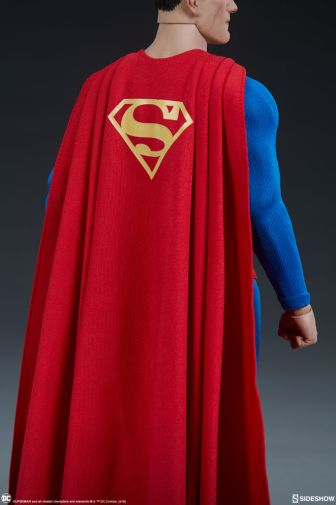 Sideshow - Superman - Sixth Scale Figure - 16