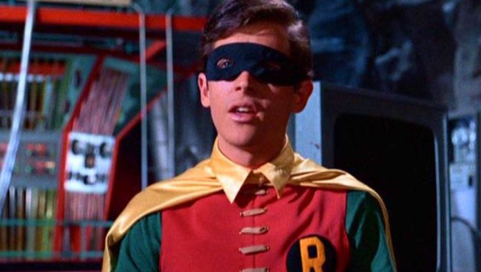 Burt Ward - Robin - Batman 66 - Featured - 01