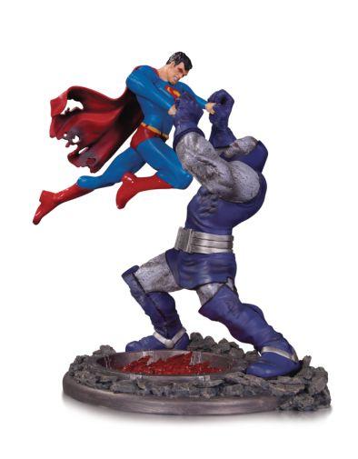 DC Collectibles - June 2020 - Superman vs Darkseid - Third Edition - 01