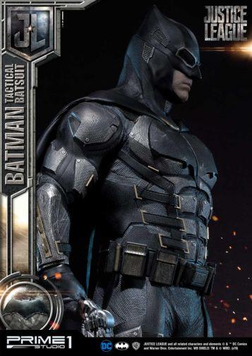 Prime 1 Studio - Justice League - Batman Tactical Batsuit - 17