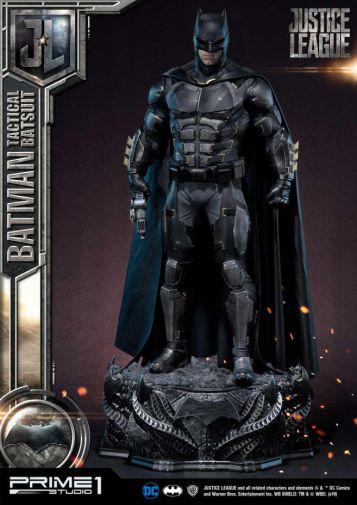 Prime 1 Studio - Justice League - Batman Tactical Batsuit - 33