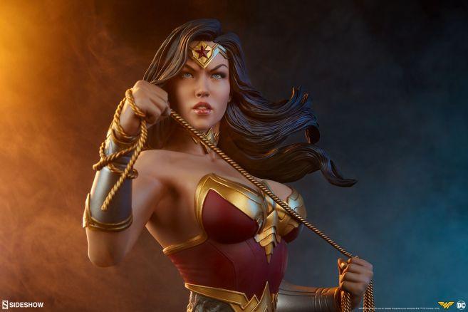 Sideshow - Wonder Woman - Wonder Woman Bust - 01
