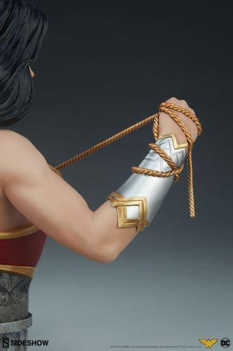 Sideshow - Wonder Woman - Wonder Woman Bust - 16