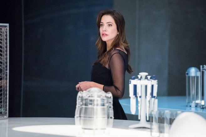 Supergirl - Season 5 - Ep 02 - 15