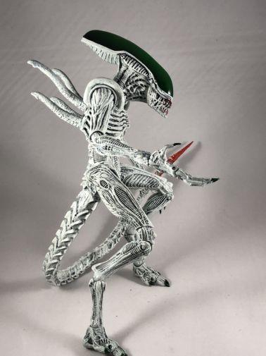 neca-nycc-2019-batman-green-lantern-alien-predator-25