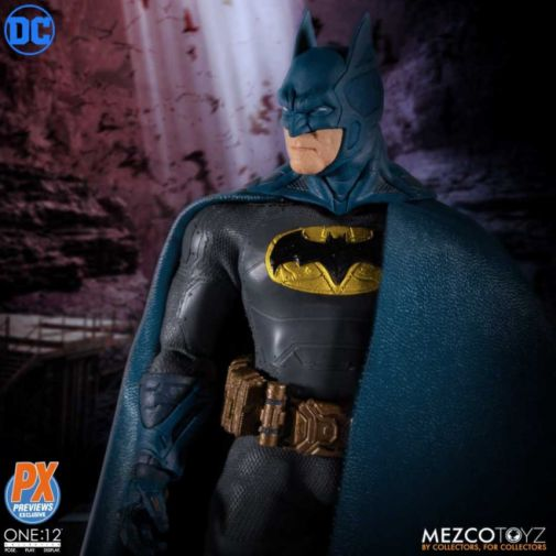 Mezco Toyz - Batman Supreme Knight - Previews Exclusive - 10