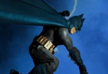 Mezco Toyz - Batman Supreme Knight - Previews Exclusive - Featured - 01