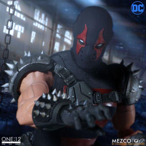 Mezco Toyz - Batman - KGBeast - 10