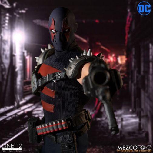 Mezco Toyz - Batman - KGBeast - 12