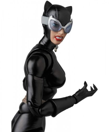 Medicom - MAFEX - Catwoman - 12