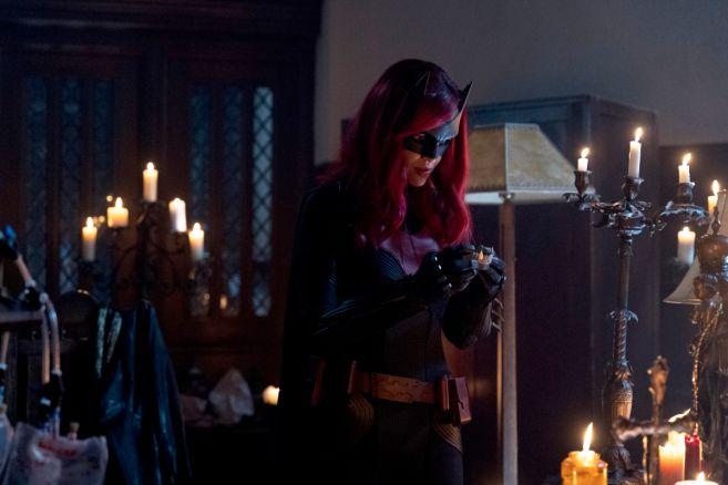 Batwoman - Season 1 - Ep 13 - 01