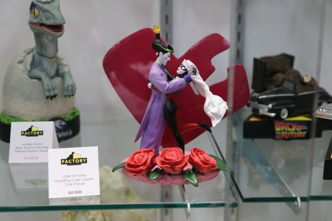Factory Entertainment - Toy Fair 2020 - Joker and Harley cake topper - 01
