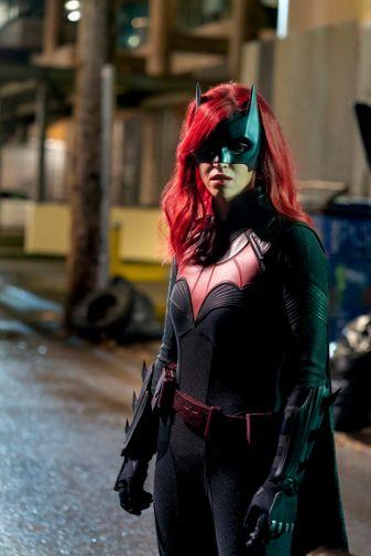 Batwoman - Season 1 - Ep 16 - 03