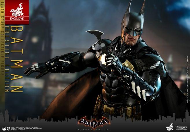 Hot Toys - Arkham Knight - Batman Prestige Edition - 02