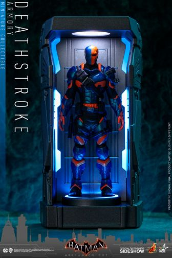 Hot Toys - Batman - Arkham Knight Armory - 10