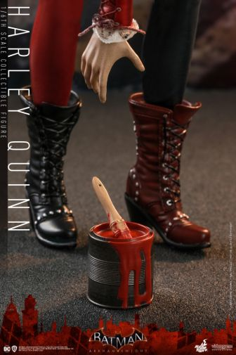 Hot Toys - Arkham Knight - Harley Quinn - 17