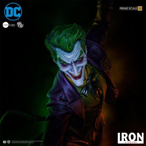 Iron Studios - The Joker - 1-3 Scale - 04