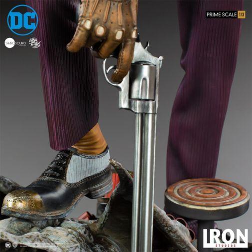 Iron Studios - The Joker - 1-3 Scale - 16