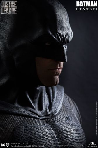 Queen Studios - Justice League - Batman - Life-Size Bust - 04