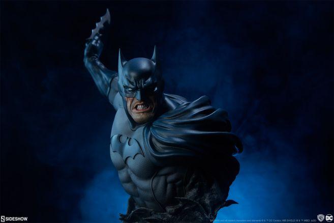 Sideshow - DC - Batman Bust - 01