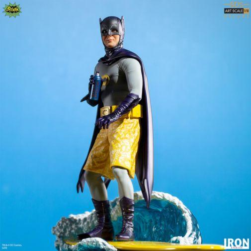 Iron Studios - Batman 1966 - Surfs Up - Batman - 01