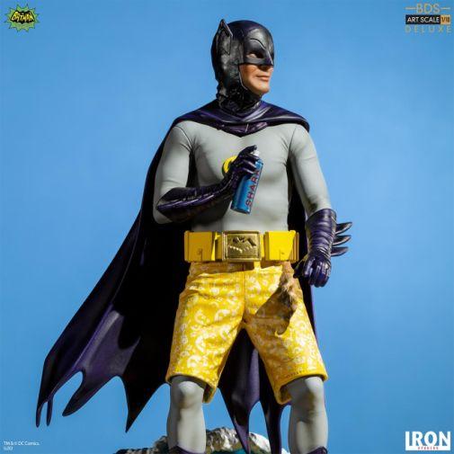 Iron Studios - Batman 1966 - Surfs Up - Batman - 02