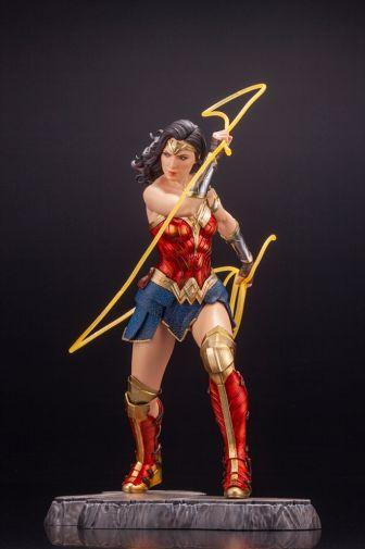 Kotobukiya - Wonder Woman 1984 - ARTFX - 03