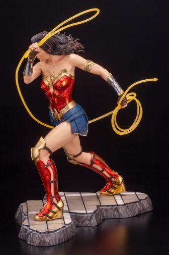 Kotobukiya - Wonder Woman 1984 - ARTFX - 08