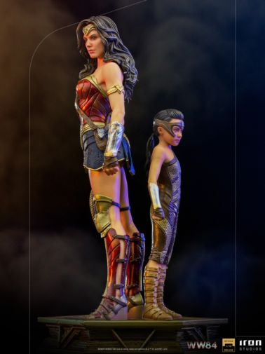 Iron Studios - DC Comics - Wonder Woman 1984 - Evolution of Wonder Woman - 01