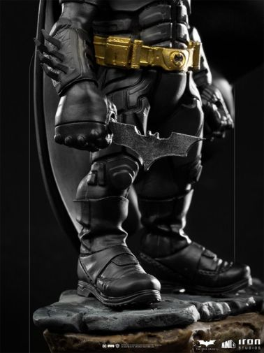 Iron Studios - Minico - The Dark Knight - Batman - 07