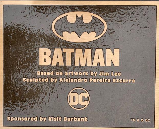 Batman Statue - Burbank - 04