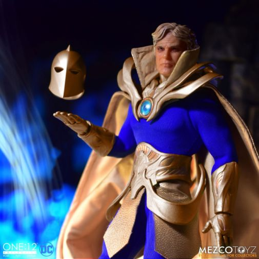 Mezco Toyz - One 12 Collective - Doctor Fate - 04