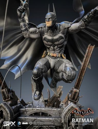 Silver Fox Collectibles - Batman - Arkham Knight Batman - 08