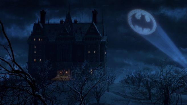Batman Returns Wayne Manor